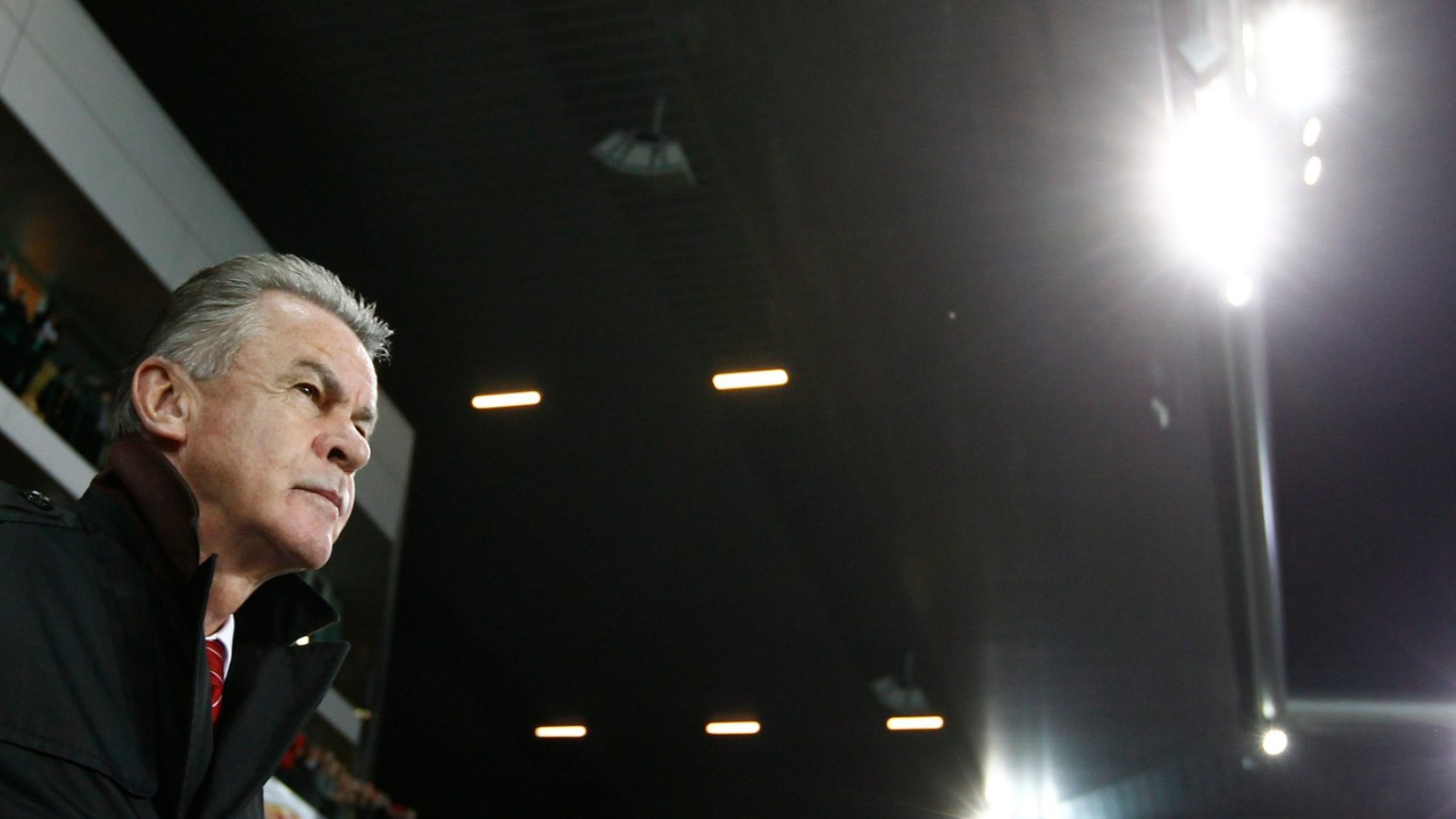 Swiss head coach Ottmar Hitzfeld from Germany looks on prior to the FIFA World Cup 2012 group E qualifying soccer match between Switzerland and Norway at the Stade de Suisse stadium, in Bern, Switzerland, Friday, October 12, 2012. (KEYSTONE/Peter Klaunzer)
