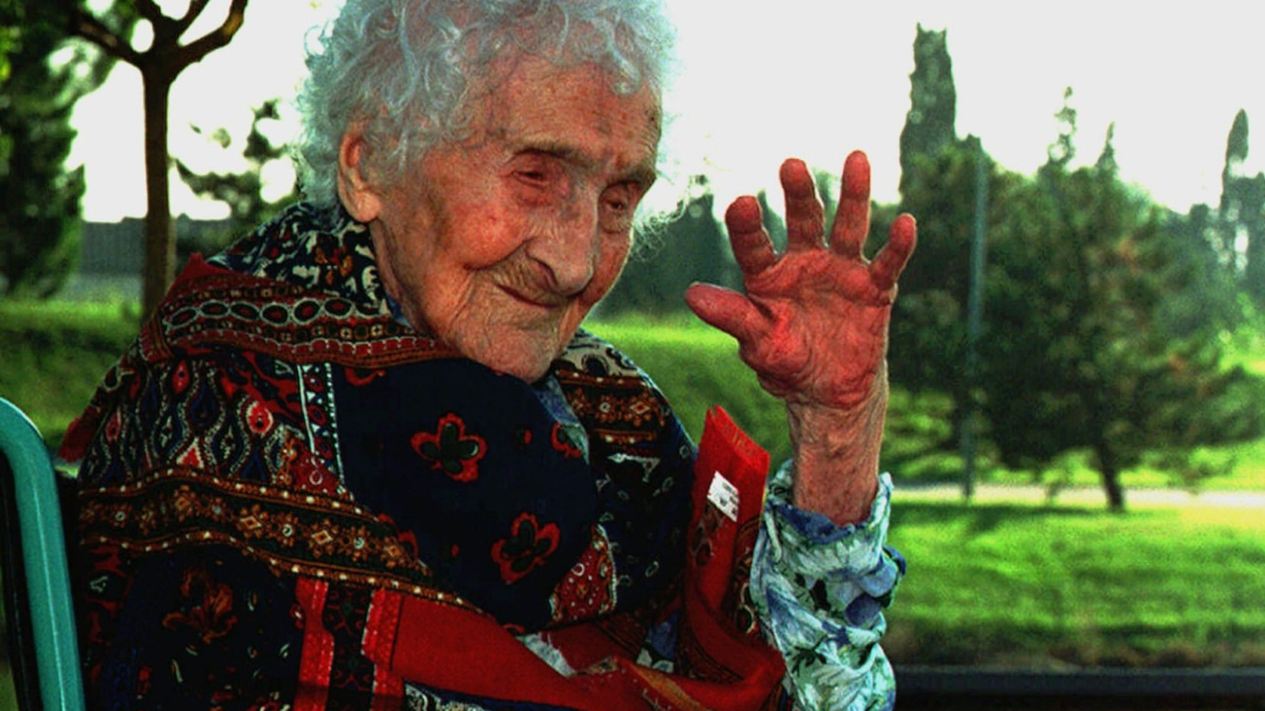 With an average life expectancy of just under 72, man is in the top ten species in terms of longevity. The longest-living person on record is held by the French woman Jeanne Calment, who lived to 122 (1875-1997).