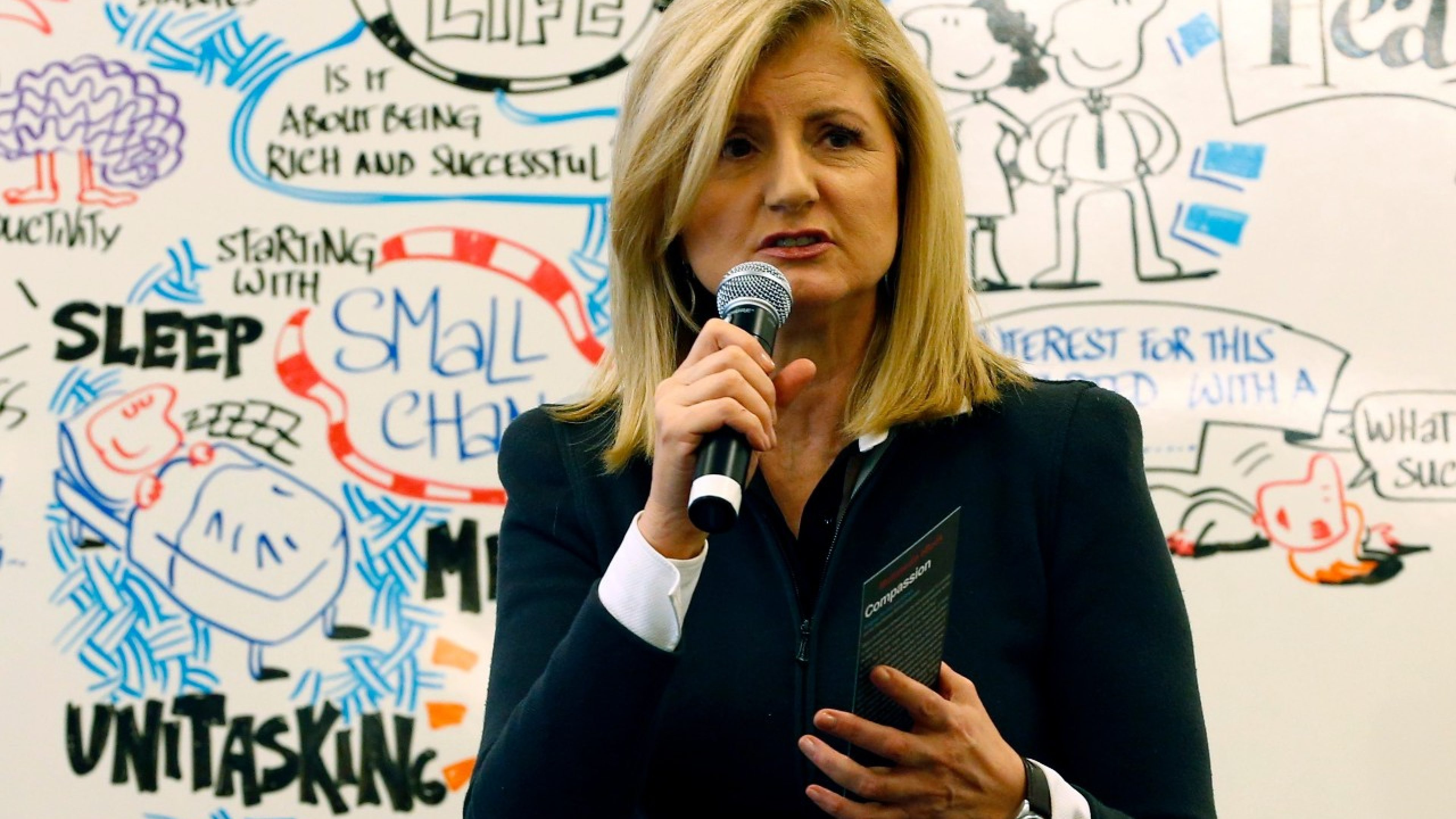 Arianna Huffington, president and Editor-in-Chief of The Huffington Post Media Group speaks during a session at the annual meeting of the World Economic Forum (WEF) in Davos January 24, 2014.                                                                 REUTERS/Ruben Sprich (SWITZERLAND  - Tags: POLITICS BUSINESS)   - RTX17SDB