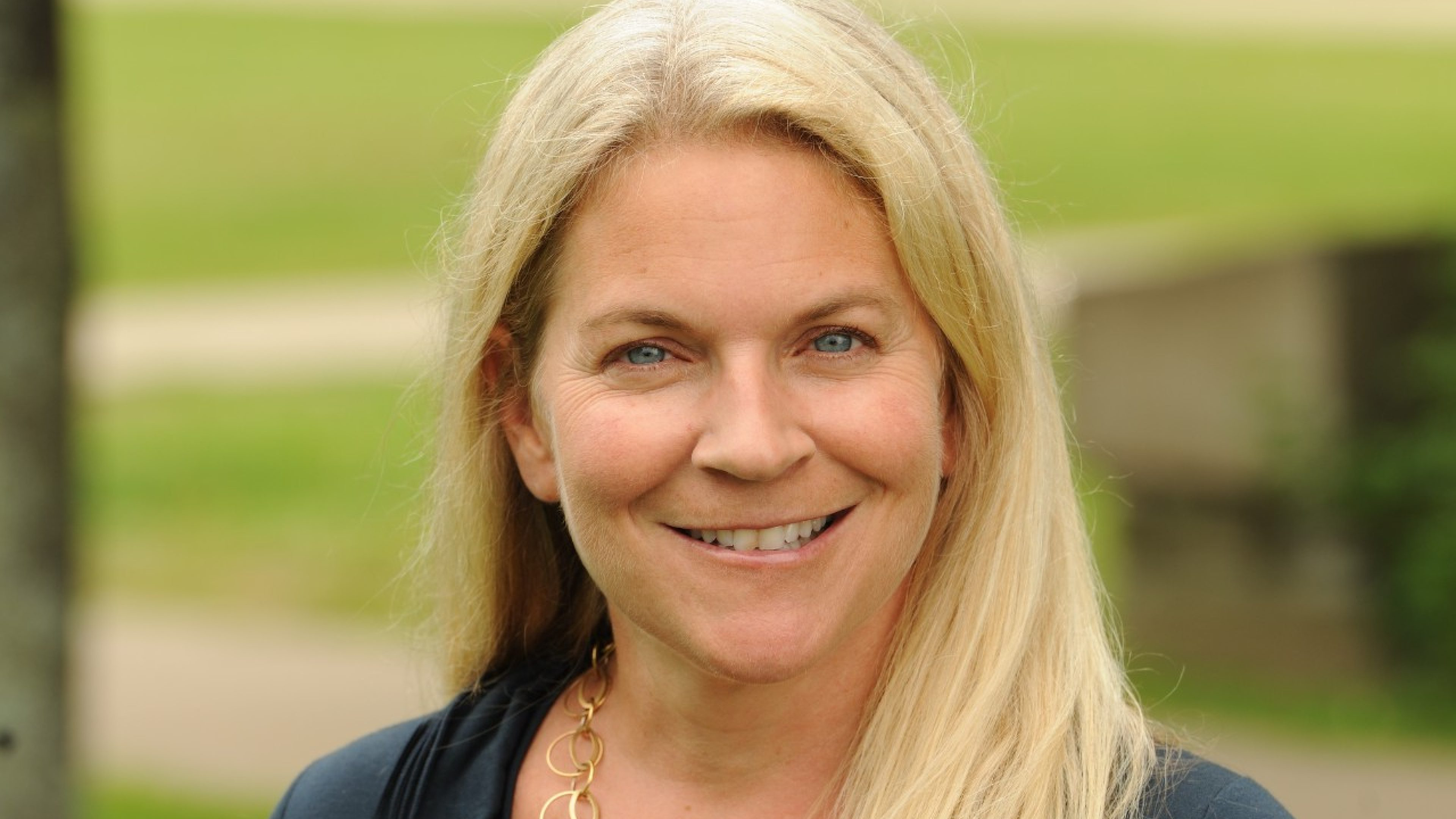 Liesl Gambold Faculty Photo